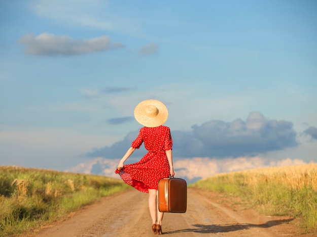 Girls travel solo