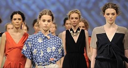Как прошел первый день Ukrainian Fashion Week: спорт, рок-н-ролл и воины-единороги
