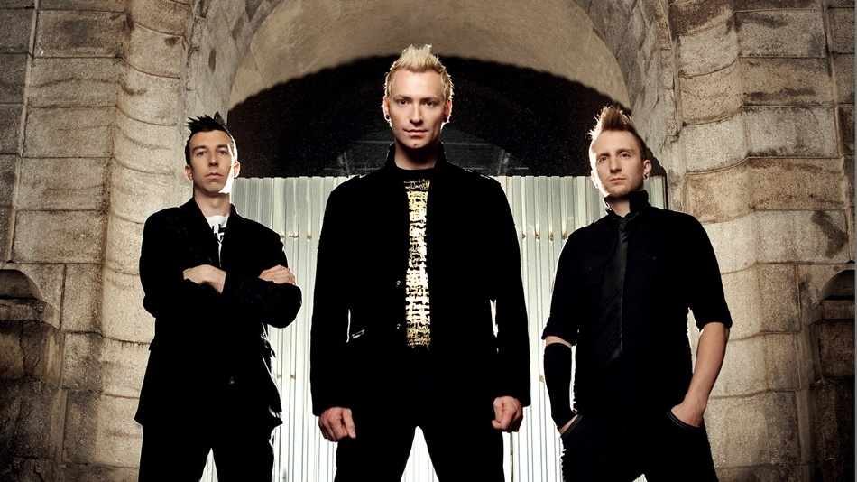 Концерт Thousand Foot Krutch в клубе Sentrum 17 марта.